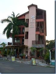 06a Bocas Town