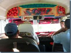 15 Bus innen